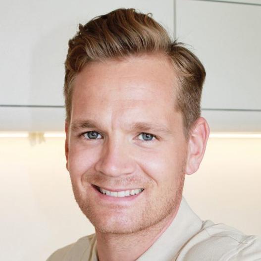 Spezialist Dr. Steffen Remus